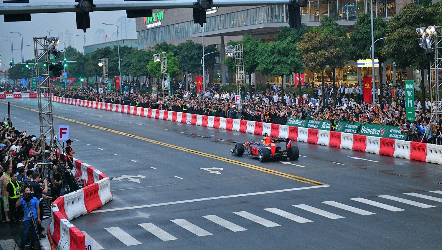 Red Bull demonstration run in Vietnam- May 2018