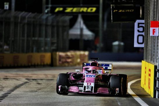 Sergio Perez (MEX) Racing Point Force India F1 VJM11. 16.09.2018. Formula 1 World Championship, Rd 15, Singapore Grand Prix, Marina Bay Street Circuit, Singapore, Race Day. - www.xpbimages.com, EMail: requests@xpbimages.com - copy of publication required for printed pictures. Every used picture is fee-liable. © Copyright: Moy / XPB Images