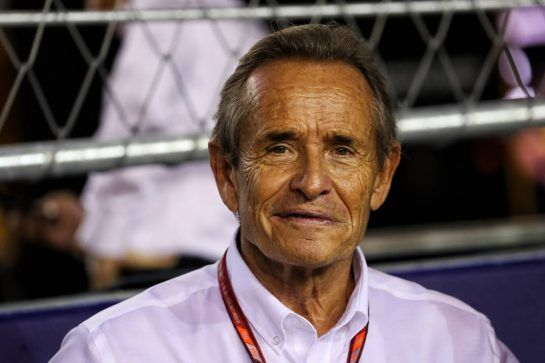 Jacky Ickx (BEL) on the grid. 16.09.2018. Formula 1 World Championship, Rd 15, Singapore Grand Prix, Marina Bay Street Circuit, Singapore, Race Day. - www.xpbimages.com, EMail: requests@xpbimages.com - copy of publication required for printed pictures. Every used picture is fee-liable. © Copyright: Photo4 / XPB Images