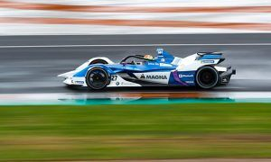 BMW completes clean sweep in FE pre-season test