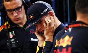 Verstappen unimpressed with Renault's 'same old song'