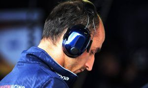 Kubica signals he's running out of patience at Williams