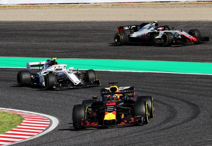 Leclerc flays 'stupid' Magnussen after collision