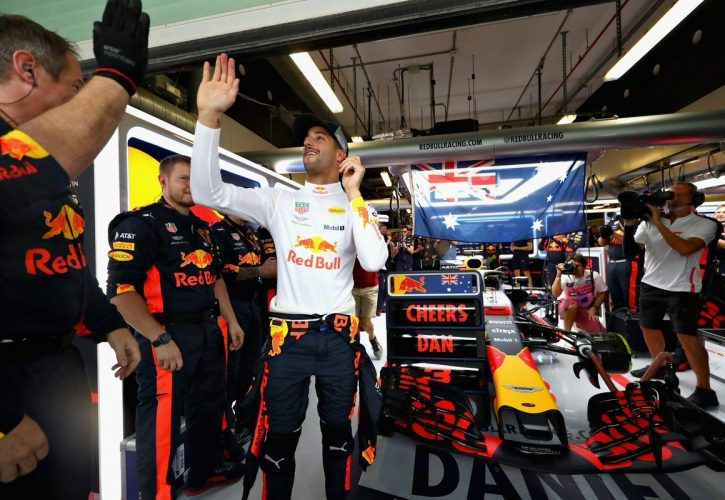 Christian Horner thought Ricciardo could win in Abu Dhabi
