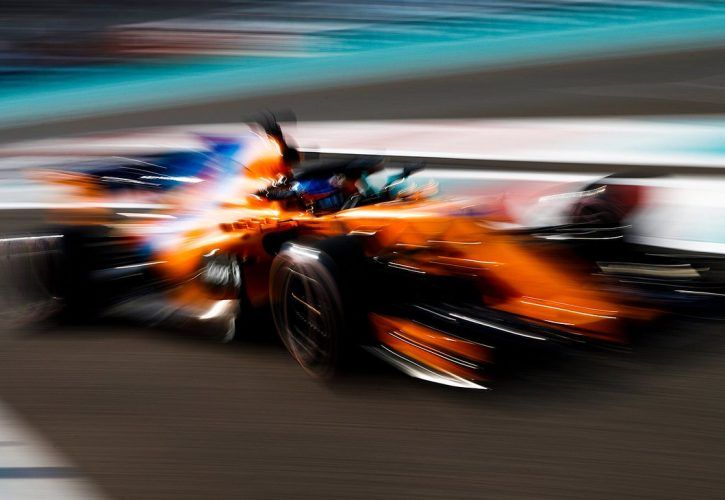 McLaren-1-725x500.jpg