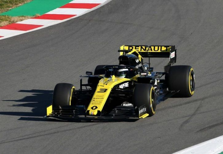 Ricciardo 'encouraged' by Renault pace despite rear-wing failure