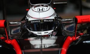 Magnussen won't rule out Manor drive