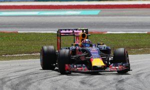 Kvyat notes steps forward despite engine issue