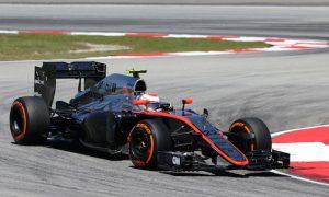 New McLaren livery to debut in Spain
