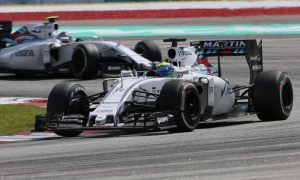 Williams duo battle to the end