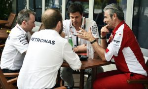 Wolff calls on Mercedes to raise game