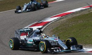 Hamilton wins as Mercedes repels Ferrari