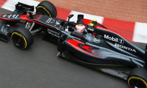 Button impressed by Toro Rosso pair