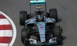 Rosberg wary of 'pretty close' Ferrari
