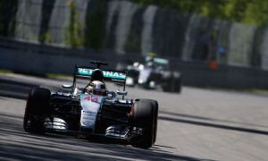 Hamilton takes Canada pole as Vettel hits trouble