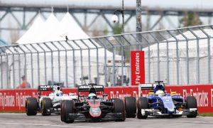 Alonso annoyed to 'look like an amateur driver'