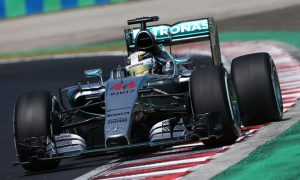 Hamilton heads Red Bull pair in FP2