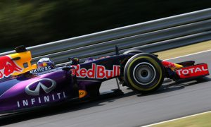 Ricciardo excited by race pace despite PU issue