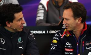 Red Bull exit could trigger three-car teams - Wolff