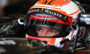 Button aware of options away from McLaren for 2016