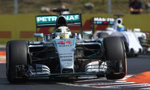 Hamilton tops FP1 disrupted by big Perez crash