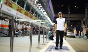 Alonso hopes for 'miracle' from Honda