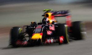 Kvyat surprised to set pace in Singapore