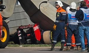 Sainz to spend night in hospital, scans show no injuries