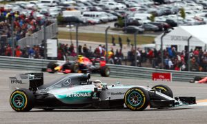 Hamilton takes title after dramatic USGP victory