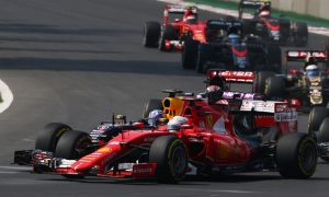 Vettel 'took the apex as if I wasn't there' – Ricciardo