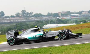 Rosberg turns the tables on Hamilton in FP2