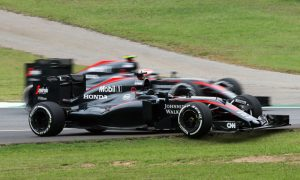 McLaren 'working night and day' to recover from poor 2015