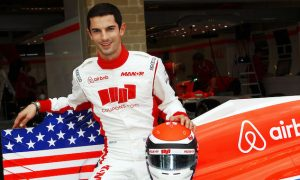 Rossi rejoins Manor as reserve driver