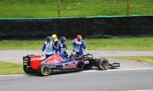 Retirements have not hurt Sainz's learning