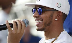 Hamilton calls for more F1 drivers to show personality