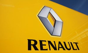 Renault shares dive after police raids on factories