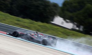 McLaren causes red flag on day one of Pirelli test