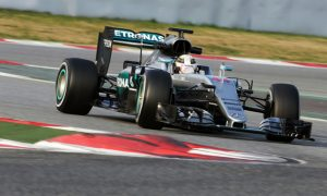 Hamilton stunned by 'crazy' Mercedes reliability