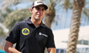 Renault sends heartfelt goodbye to 'bright' Maldonado