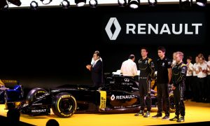 Renault's chequebook as big as Mercedes' - Bell