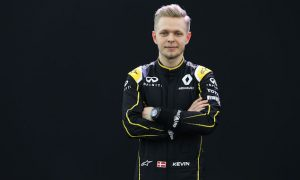 Magnussen keen to 'prove many points'
