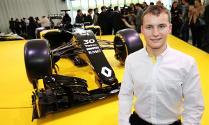 Who are the new Renault F1 juniors?