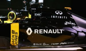 Renault takeover leaves Enstone 'buzzing'