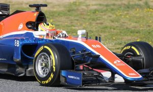 Haryanto crashes Manor on day four of test