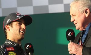 Maranello should be calling Ricciardo - Alan Jones