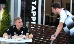 Vandoorne can challenge Button – Magnussen