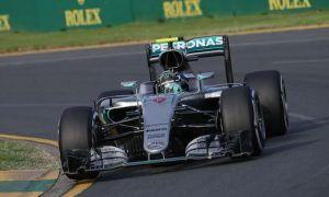 Rosberg adapted driving style to avoid DNF in Oz