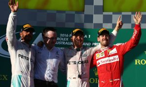 Ecclestone sees Mercedes, Ferrari 'split wins evenly'