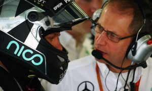 Rosberg fastest as Mercedes sets blistering pace