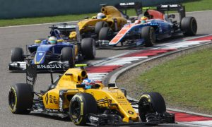 Tyre degradation to blame for Renault woes